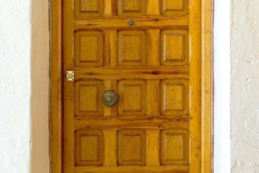 018 Puerta