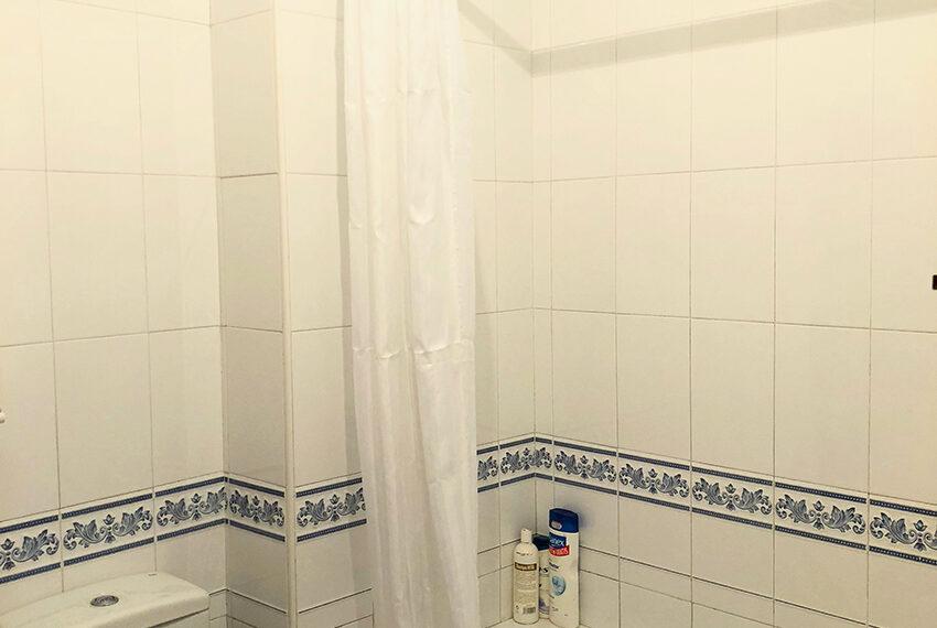 8-baño