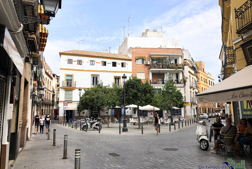 01-plaza