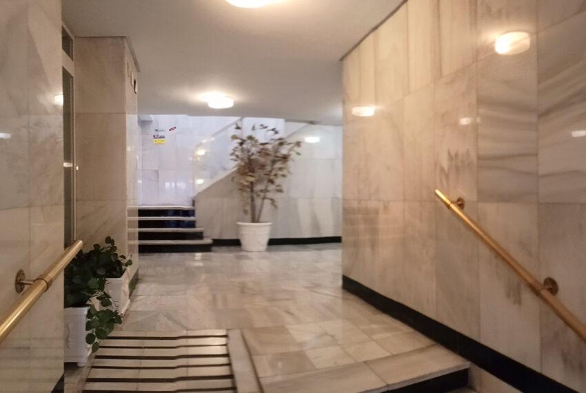 09-edificio-entrada