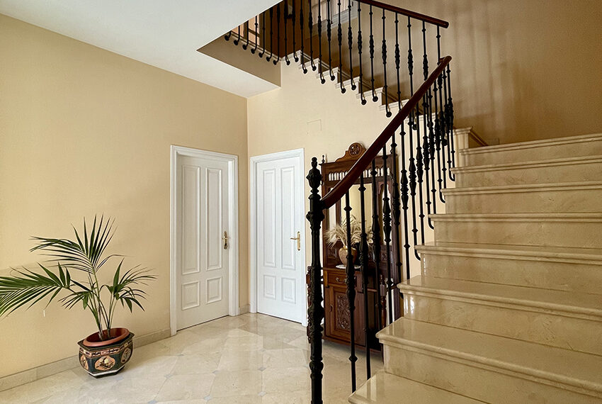 19-escalera