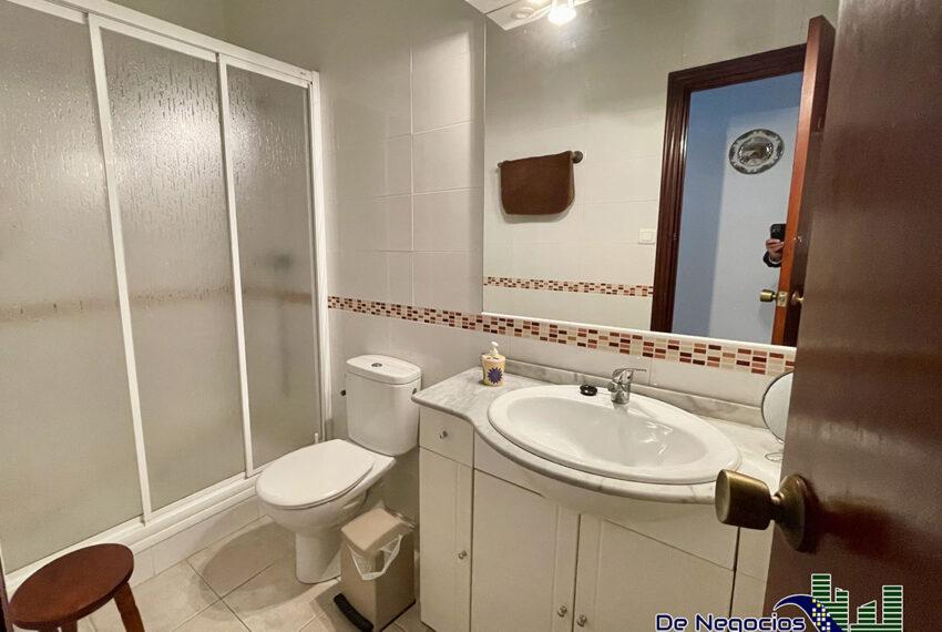 80-baño