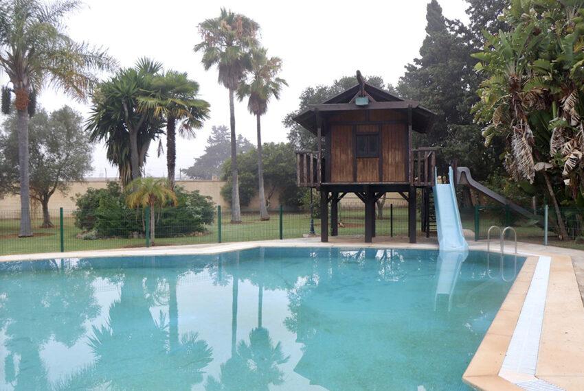 004-piscina