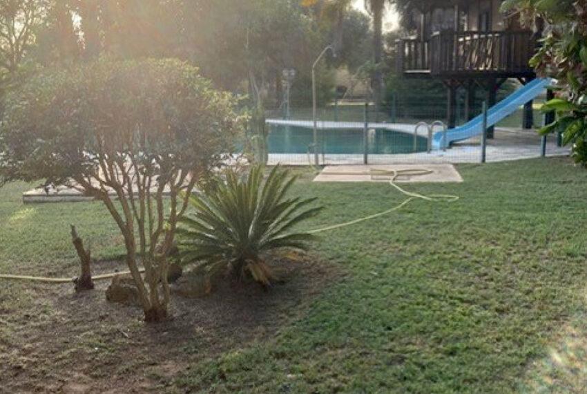 006-jardin-piscina