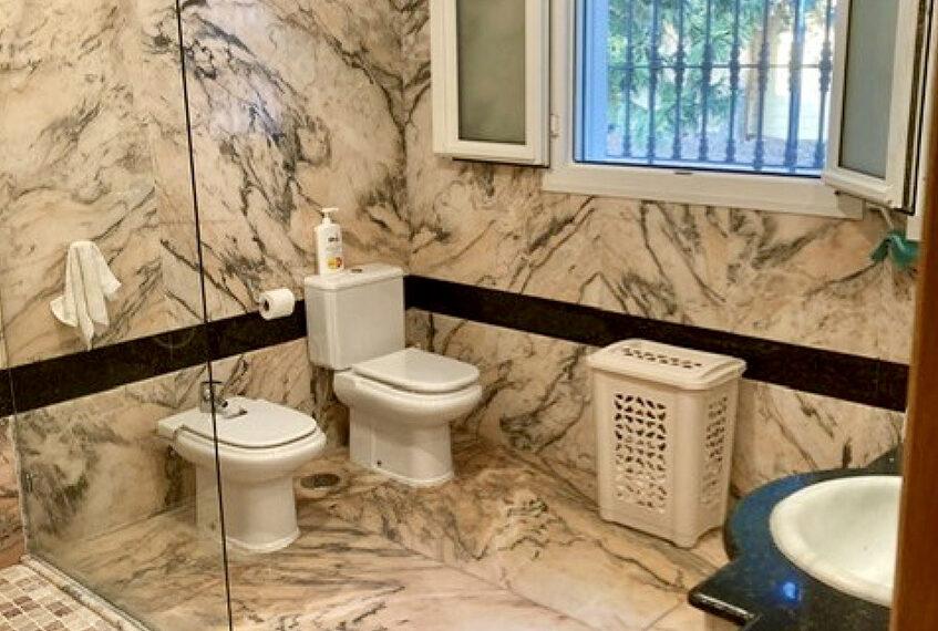 050-baño